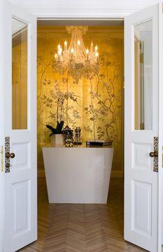 Stunning gold - 25 Beautiful Home Murals
