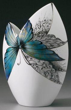 Embroidery vase en Porcelain, Porcelain plates, Porcelain bleue, Por… – Famous Last Words Porcelain Black, Porcelain Ceramics, Ceramic Vase, China Porcelain, Porcelain Jewelry, Porcelain Doll, Porcelain Skin, Painted Porcelain, Hand Painted Ceramics