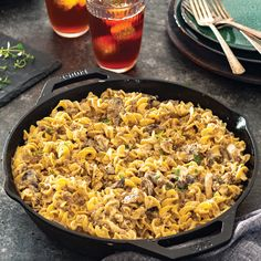 Hamburger Stroganoff Hamburger Stroganoff, Beef Recipes, Cooking Recipes, Cast Iron Cooking, How To Cook Eggs, Creamed Mushrooms, Casserole Recipes, Ground Beef