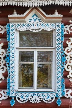 Traditional wooden Russian platband (Nalichnik) from Egoryevsk, near Moscow Wooden Architecture, Russian Architecture, Architecture Details, Through The Window, Through The Looking Glass, House Windows, Windows And Doors, Wooden Windows, Window View