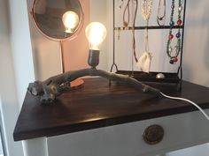 Ungewöhnlich Tischlampe im Used-Look aus einem Weinstock Home Decor, Lamp, Etsy Seller