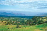 La terraza de Chinauta hace parte del enclave seco del cañón del Sumapaz; en la planicie se consolidó un desarrollo turístico y recreacional, que ha generado una transformación del paisaje original.