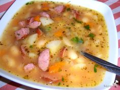 zupa fasolowa Frugal Meals, Budget Meals, Sauce Recipes, Cooking Recipes, Healthy Recipes, Polish Soup, Hungarian Cuisine, Czech Recipes, Polish Recipes
