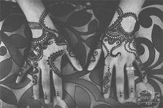 Aman's Bridal Mehndi - TheBigFatIndianWedding.com