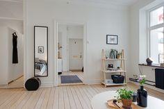 House of the week: Alvhem apartment | MyDubio libreria one step up - normann copenhagen
