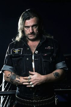 Online last seen yesterday at 7:06 am Lemmy Kilmister