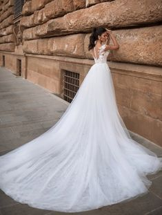 Bridal Gowns of pure elegance designed for the bride that knows what she desires on her wedding day Gold Coast Wedding Dresses and Gold Coast Bridal. Bridal Gowns, Wedding Gowns, The Bride, Princess Wedding Dresses, Mermaid Wedding, Dress Making, Trendy Fashion, Marie, Prom Dresses