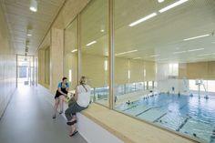 Gallery of Multifunctional swimming pool complex De Geusselt / Slangen+Koenis Architects - 15