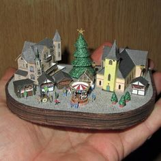 Tektonten Papercraft: Tiny Papercraft Christmas Village