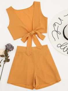 SHARE & Get it FREE | Tied Front Crop Top And Shorts Set - Earthy MFor Fashion Lovers only:80,000+ Items • New Arrivals Daily Join Zaful: Get YOUR $50 NOW!