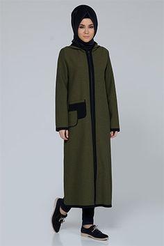 Kapşonlu Ferace Muslim Fashion, Hijab Fashion, Turkish Wedding, Punjabi Salwar Suits, Hijab Outfit, Floral Maxi Dress, Tee Shirts, Gowns, Couture