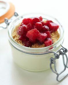 Super Yummy Healthy Strawberry Parfait Yogurt Dessert