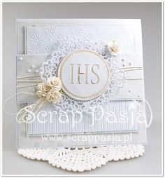 Scrap Pasja: Kurs na kartki - zaproszenia komunijne First Communion Cards, Communion Gifts, First Holy Communion, Cute Cards, Diy Cards, Scrapbook Paper Crafts, Scrapbooking, Invitation Cards, Invitations