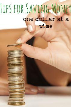 Ahorro de dinero: Un dólar a la vez 10 consejos para ahorrar dinero - un dólar a la vez! ----- 10 tips for saving money - one dollar at a time!