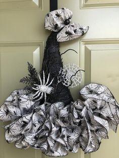 Best 12 Witch Hat Wreath Witch Hat Door Hanger Halloween Decor by Halloween Mesh Wreaths, Halloween Party Supplies, Cute Halloween Costumes, Halloween Crafts For Kids, Diy Halloween Decorations, Deco Mesh Wreaths, Holiday Wreaths, Halloween Diy, Holiday Crafts