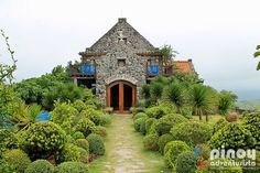 "5 Must-Try Restaurants In Basco, Batanes                It's not a secret anymore that Batanes in the northern Philippines is so gorgeous that many would call it ""heaven on earth"" because of its stunning landscape and breathtaking views. But aside from its amazing sights and exquisite environs, it is also a food haven, with its many restaurants and cafes offering a great selection of interesting dishes."