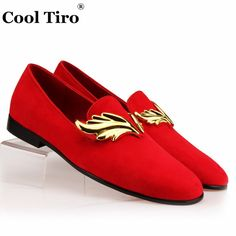 Men Slippers · FAJNE TIRO Czerwone Zamszowe Pantofle Mężczyzn Mokasyny  Złota Klamra Płomień męska Mieszkania Slip-on Shoes 227e897b4064