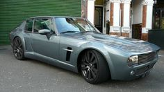 Jensen Viperceptor - heavily modded Jenson Interceptor with a Dodge Viper engine. Sooo wrong in so many ways, yet somehow. Classic Sports Cars, Classic Cars, Rolls Royce, My Dream Car, Dream Cars, Dodge Viper Engine, Aston Martin, Jaguar, Jensen Interceptor