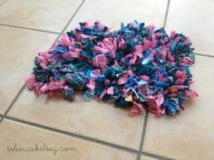 How to Make a Rag Rug, The Homestead Tradition Lives On | Homesteading