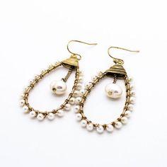 (2) orecchini filo di perle |  classi Basia