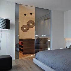 Random Light by Bertjan Pot via Moooi | www.moooi.com | #interiordesign #interior #design #bedroom #projects #moooi #lighting