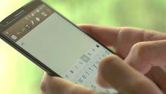 ¿Qué es el texting? Mientras la mayoría de las empresas apuestan por las comunicaciones en vídeo, realidad virtual o por teléfono con los consumidores, una nueva tendencia llamada 'texting' apuesta por volver al 'sólo texto'. #atenciónalcliente #consejosparaempresas #empresa