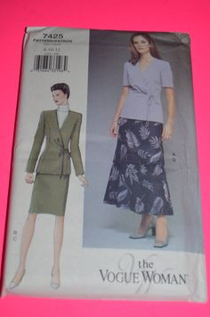 Vogue 7425 Misses Top and Skirt Sewing Pattern - UNCUT- SIZE 8 10 12