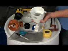 Installing a Rain Barrel for Beginners Aquaponics System, Hydroponics, Decorative Rain Barrels, Hydroponic Herb Garden, Fish Tank For Sale, Water Barrel, Barrel Projects, Herbs Indoors, Water Conservation