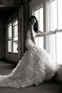 Gorgeous wedding gown. Image via Blue Dreams Revisited on Tumblr.