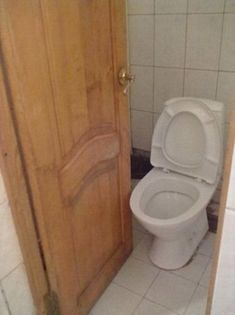 Which came first — the toilet or the door? | The 19 Most Epic Bathroom Fails That Will Make You Hold It Forever