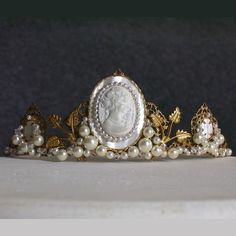 pearls and cameo tiara