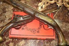 ANTIGUA PAREJA DE PISTOLAS DE AVANCARGA ORIGINALES DE 1751 / Armas antiguas en todocoleccion