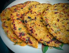 Delicious and healthy parathas made from makki ka aata (maize flour), radish and methi (fenugreek leaves).