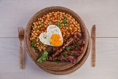 Perfect English Breakfast on Biotrem Wheat Bran Tableware.