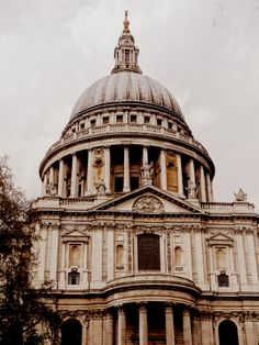 St. Pauls Places Ive Been, Britain, Taj Mahal, Cathedral, Louvre, Europe, Architecture, Building, Travelling