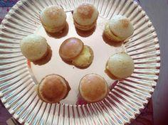 Gele room cake balletjes