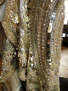 Givenchy haute couture, Fall-Winter 2010/2011.  #magic #gold #fashion