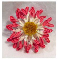 Rangiku (Spider Chrysanthemum) Tsumami Kanzashi for October