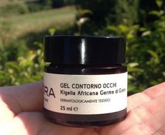 EYES CONTOUR GEL WITH AFRICAN KIGELIA  Soft gel with Dermotensore complex formed by Quillaria Saponaria and African Kigelia extract that revealed smoothing and toning properties.  Discover more on http://www.hotelmamiani.it/en/trattamento-centro-benessere-Urbino.asp?id=33  www.tagora.it