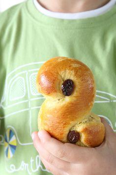 συνταγή τσουρεκάκια με σαφράν Bagel, Bread, Food, Brot, Essen, Baking, Meals, Breads, Buns