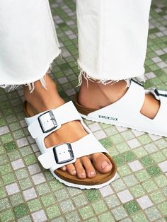 e0023cb2e6fe Arizona Birkenstock Sandal. Shoe GameBirkenstock ...