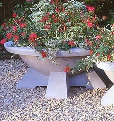 Large Highland Park Planter Garden Planters, Planter Pots, Contemporary Planters, Flower Pots, Home And Garden, Backyard, Plants, Gardening, Park