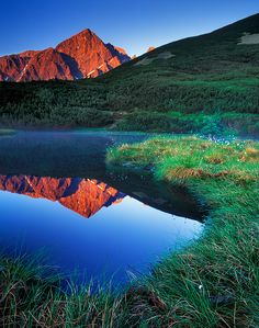 Eye of Tatras - amazing view in the peacefull mountain nature. High Tatras, Heart Of Europe, Light Eyes, Andorra, Mountain Range, Natural Wonders, Rivers, Lakes, Mother Nature