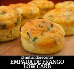 EMPADA LOW CARB Ingredientes 100 g de frango desfiado pronto 5 ovos 20 g de queijo muçarela ralado 25 g farinha oleaginosas 15 g de…