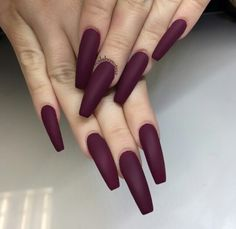 Coffin Vampy Nails