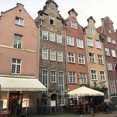 Gdansk, coca cola, pink, polen, cafe