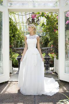 2BeBride wedding dress