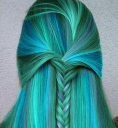 Beautiful fashion colored hair. <3 Blue-green hair.