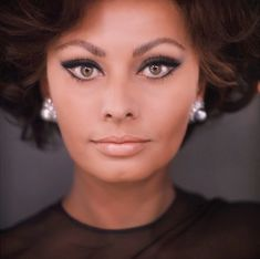 how old is sophia loren in arabesque - Google Search