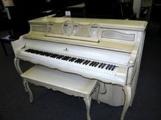 i love this white piano  http://adjustablepianobench.net
